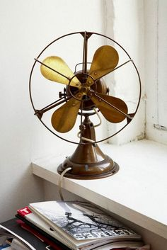 Industrial decor style is perfect for any interior. An industrial office is always a good idea. See more excellent decor tips here: www.pinterest.com/vintagestyle Antique Fans, Vintage Fans, Vintage Love, Vintage Antiques, Vintage Party, Antique Items, Ventilator, Old Fan, Decoration