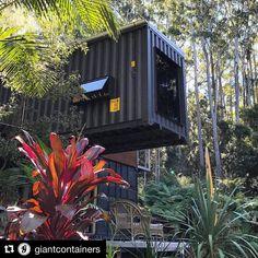 "2,062 Me gusta, 21 comentarios - @shippingcontainerhomes en Instagram: ""Small glimpse of paradise! . . . #shippingcontainerhome #shipping #container #home #house…"""