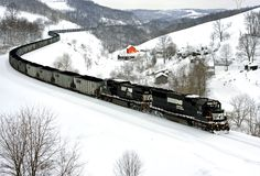 Norfolk Southern Coal Train | red barn punctuates the winter landscape as an NS coal train snakes ...