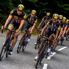 Who's excited to see @teammtnqhubeka hit the Pyrenees tomorrow? #tdf2015 #restday