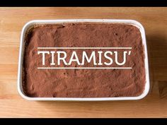 INGREDIENTS: – of lady fingers – 6 eggs – 1 cup of espresso – of sugar – 2 cups of mascarpone cheese – Unsweetened cocoa powder – Chocolate flakes Gourmet Recipes, Baking Recipes, Cake Recipes, Dessert Recipes, Gourmet Foods, Italian Desserts, Italian Recipes, Authentic Italian Tiramisu Recipe, Original Tiramisu Recipe