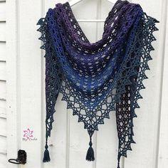 Crochet Patterns Blusas Ravelry: Treasure Net pattern by Johanna Lindahl - Crochet Shawls And Wraps, Crochet Poncho, Crochet Scarves, Crochet Yarn, Crochet Clothes, Shawl Patterns, Coat Patterns, Crochet Designs, Crochet Patterns