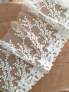 Stunning Cotton Lace Tim Vintage Style White by Retrolace on Etsy