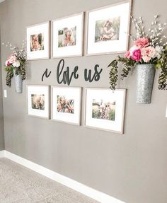 Farmhouse living room wall decor behind couch 28 ideas for 2019 Decor, Farmhouse Decor Living Room, Hallway Decorating, Home Living Room, Farm House Living Room, Apartment Decor, Family Pictures On Wall, Hallway Wall Decor, Living Decor