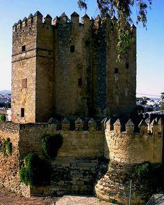 Torre de la Calahorra, C�rdoba - Alain, #tourism #C�rdoba, http://tripcaddy.es/en/turismo/listado-turismo?zona=el-guadalquivir