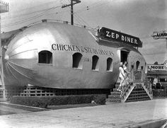 The Graf Zeppelin visited Los Angeles during its 1929 Round-the-World flight, and the most famous American dirigible was the U. The Zep Diner was located at 515 W. Florence Avenue in Los Angeles, near the intersection with S. Vintage Photographs, Vintage Photos, Vintage Signs, Visit Los Angeles, Vintage Diner, Fifties Diner, Unusual Buildings, Modern Buildings, American Diner