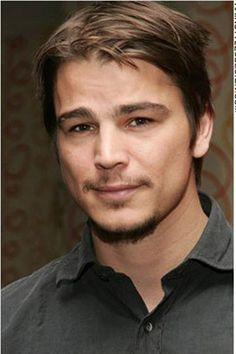 Josh Hartnett, you beautiful man [You can tell he's a smoker just by looking at him.. The lines around the neck..