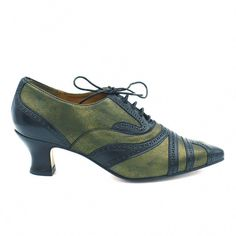 Vintage Shoes Zurich - The Zurich is a lace up oxford from the late century with perforated details and fluted heel. High Heel Pumps, Heels, Buy Shoes Online, Zurich, Vintage Shoes, Ladies Dress Design, Platform Shoes, Summer Shoes, Fashion Shoes