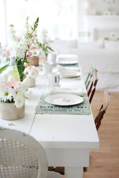 TABLE PAINT: cool white: Decorator's White, a Benjamin Moore color.  My favorite warm white, is White Dove, a Benjamin Moore color.  My favorite gray to use on furniture is, Horizon.
