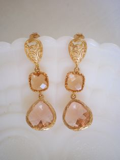 Shop for on Etsy, the place to express your creativity through the buying and selling of handmade and vintage goods. Pink Champagne Wedding, Pink And Gold Wedding, Bride Earrings, Pearl Earrings, Drop Earrings, Wedding Planning Inspiration, Blush Pink, Bridesmaid, Unique Jewelry