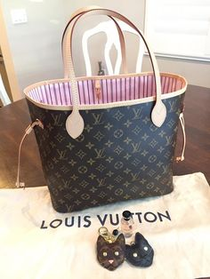 Louis Vuitton Monogram Neverfull MM Rose Ballerine! LV NEVERFULL  A TREAT FOR PINK & CAT LOVERS  [Louis Vuitton Collection 137] Owner: Stevie Hough (group member)  . ----------------------- Follow us to get your daily dose of Louis Vuitton!