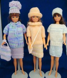 Barbie Knitting Patterns (loads, adorable and free! Barbie Knitting Patterns, Knitting Dolls Clothes, Barbie Clothes Patterns, Crochet Barbie Clothes, Baby Doll Clothes, Knitted Dolls, Crochet Dolls, Clothing Patterns, Doll Patterns
