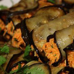 Αρμένικες Γεμιστές Μελιτζάνες Greek Recipes, Pickles, Cucumber, Ethnic Recipes, Food, Essen, Greek Food Recipes, Meals, Pickle