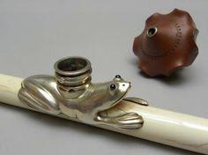 Pipe à opium de voyage en ivoire.