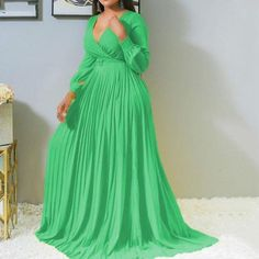Plus Size Long Dresses, African Dresses For Women, African Women, African Wear, Puffy Dresses, Maxi Robes, Traditional Outfits, Green Dress, Plus Size Women