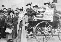 Christabel Pankhurst and Mary Gawthorpe welcomed at Manchester 1907 Christabel was introduced to Amelia by her son Walter Peabody Emerson (or Ramses as he was known) in the Chapter of 'The Ape Who Guards the Balance' London History, British History, American History, Mary Shelley, Vintage London, Old London, Old Photos, Socialism, Belle Epoque