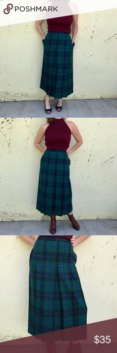 """VINTAGE Blue green PLAID WOOL skirt MAXI PLEATED Fantastic vintage blue green plaid pleated skirt. Mint condition! WOOL, lined, zip back and POCKETS! Marked as a 8...fits a 4..! Waist is 13.5"""" across, 34"""" long. So cool! (F28) Vintage Skirts Maxi"""