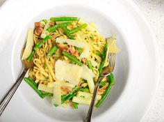 Lemony Pasta with Asparagus and Bacon Recipe