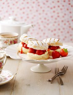 Strawberry and cream mille-feuilles http://www.sainsburysmagazine.co.uk/recipes/desserts/fruit/item/strawberry-and-cream-mille-feuilles