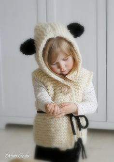 This is knitting pattern for hooded vest Sheridan. Knit this in alpaca or any other chunky yarn to keep the little one warm. Knitting For Kids, Crochet For Kids, Knitting Projects, Baby Knitting, Crochet Projects, Knit Crochet, Crochet Hats, Knitting Stitches, Knitting Patterns