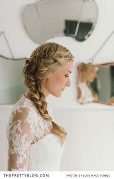 Coiffure mariage : Lace shoulder detailed wedding dress & side braid | Photography: Love Made V