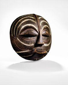 Alexander Calder, Safari Room, Art Tribal, African Sculptures, Art Africain, Cleveland Museum Of Art, Ocean Art, New Moon, African Art
