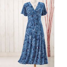 Floral Lace Print Dress - Women's Clothing, Jewelry, Fashion Accessories & Gifts for Women with a Flair of the Outdoors | NorthStyle