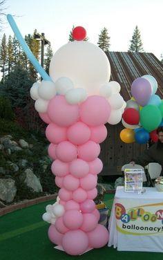 50's theme balloon installation