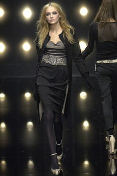 Alessandro Dell'Acqua Fall 2006 Ready-to-Wear Fashion Show - Snejana Onopka