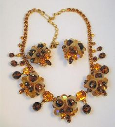 Vintage Hobe' Amber Topaz, Art Glass, Tulip Necklace and Earring Set