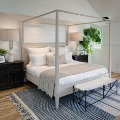 Home Decor Bedroom Vibrant Touches in Beachy Solana Beach Master Bedroom.Home Decor Bedroom Vibrant Touches in Beachy Solana Beach Master Bedroom Coastal Bedrooms, Guest Bedrooms, Neutral Bedrooms, White Bedrooms, Dream Bedroom, Home Decor Bedroom, Serene Bedroom, Bedroom Modern, Bedroom Ideas