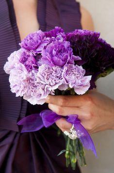 Purple Ombre Wedding Bouquet|Photo: www.reesemooreweddings.com