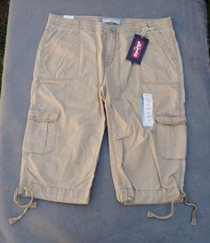 NWT $42 Levi's Cargo Capri Pants with Drawstring Hems 4 Sizes 8P 10P 12P & 14P - $27.95