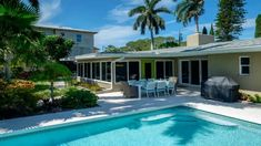 MAX AND DENISE~Waterfront Vacation Rental in Anna Maria Florida Anna Maria Florida, Florida Rentals, Anna Maria Island, Anna Marias, Heated Pool, Pool Houses, Virtual Tour, Rental Homes, Tours