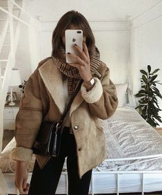 winter outfits 2020 marleen x - winteroutfits Winter Fashion Outfits, Fall Winter Outfits, Look Fashion, Autumn Winter Fashion, Fashion Women, Winter Clothes, Fashion 2017, Fashion Clothes, Fashion Boots