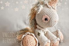 Unicornio Hermione   Chica outlet Crochet Animals, Crochet Toys, Crochet Baby, Knit Crochet, Amigurumi Patterns, Knitting Patterns, Crochet Patterns, Amigurumi Toys, Cupcakes Wallpaper