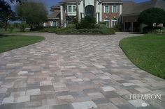 Time to make that entry with Mega Olde Towne Sierra Pavers Brick Paver Driveway, Concrete Driveways, Driveway Landscaping, Driveway Ideas, Paver Designs, French Exterior, Driveway Design, Hardscape Design, Backyard