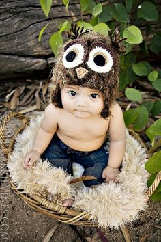 Owl Baby - @Bethany Stevenson, you need to do this with Colton for added artwork in his bedroom!