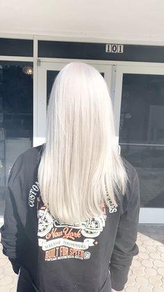 Toner For Blonde Hair, Light Blonde Hair, Blonde Hair Looks, Blonde Hair With Highlights, Brown Blonde Hair, Platinum Blonde Hair, Medium Blonde, Long Gray Hair, White Blonde