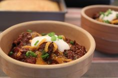 Emeril's Chuck Wagon Chili for the Slow Cooker - Large chunks of beef chuck steeped in spices and cooked slowly in tomatoes, beer, and a bit of chocolate make this a truly remarkable chili.