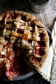 Strawberry-Apple Pie — Up Close & Tasty