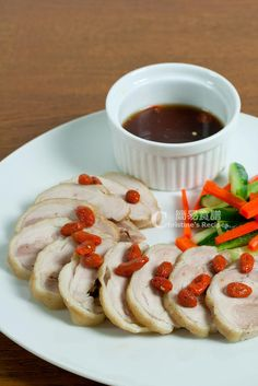 This drunken chicken dish was served cold with sour and sweet cucumber. The texture of the chicken skin was smooth and the meat absorbed all the sweet wine flavours. Drunken Chicken, Sauce For Chicken, Chicken Legs, Chicken Skin, Duck Recipes, Gourmet Recipes, Cooking Recipes, Chicken Recipes, Turkey Recipes
