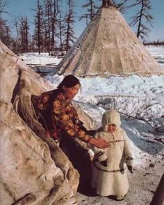 kicker-of-elves: reindeer herders camp near Salekhard in the Soviet Arctic National Geographic February 1983 Dean Conger We Are The World, People Around The World, Wonders Of The World, Around The Worlds, National Geographic, Arte Tribal, Mother And Child, Native American Indians, Native Americans