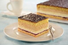 Przepis na Ciasto Ptasie Mleczko Food Cakes, Gumbo, Tiramisu, Cake Recipes, Biscuits, Cheesecake, Food And Drink, Sweets, Ethnic Recipes
