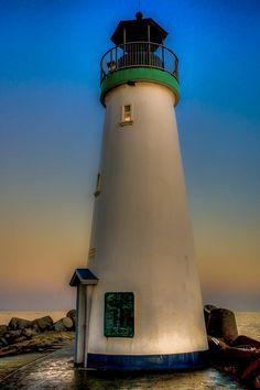 ✯ Santa Cruz Harbor Lighthouse at dusk