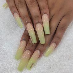 Long length, nude and kiwi ombre Chanel Nails Design, Modern Nails, Amazing Nails, Nail Spa, Kiwi, Fun Nails, Nail Designs, Nude, Beauty