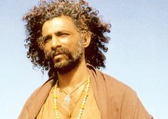 Making Rs 100 crore films not my ambition: Makarand Deshpande