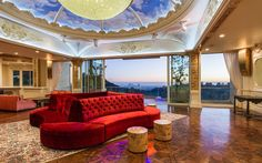 This estate is currently the most expensive property on the LA market. Click to see how much>>