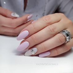 Image uploaded by elena. Find images and videos about cute, nails and manicure on We Heart It - the app to get lost in what you love. Shellac Nail Polish Colors, Shellac Nails, Nail Colors, Cute Nails, Pretty Nails, Hair And Nails, My Nails, Bluesky Nails, Gomme Laque