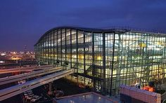 Terminal 5 @ London Heathrow Airport --   (AKA: The 500 yard dash site)